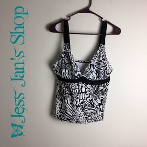 4/$25 St Johns Bay Tankini Swim Top Black White 14